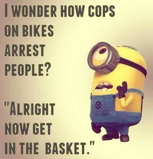 Policisti na kolesih in aretacija